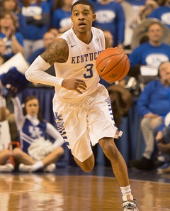 <a href='/cbasketball/showArticle.htm?id=26905'>College Hoops Barometer: In the Kentucky Spotlight</a>