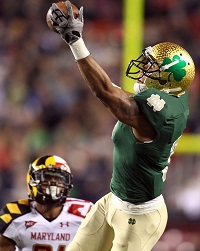 <a href='/football/showArticle.htm?id=14937'>Three-Round Mock Draft: Two WRs In the Top 10?</a>
