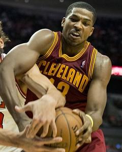 <a href='/basketball/showArticle.htm?id=23864'>NBA Daily Games Cheat Sheet: Friday-Saturday Contests</a>