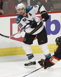 <a href='/hockey/showArticle.htm?id=13912'>2011 Sharks Team Preview: Sharks Tightening Up the Defense</a>
