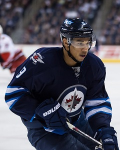 <a href='/hockey/showArticle.htm?id=21477'>2014-2015 Jets Preview: Going Insane with the E. Kane</a>