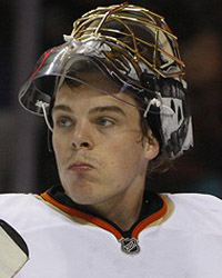 Tuesday Daily Puck: Up-Hiller Battle