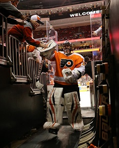 Saturday Daily Puck: Breaking Bryz