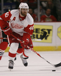 <a href='/hockey/showArticle.htm?id=21993'>Wednesday Daily Puck: Zeros for Zetterberg</a>