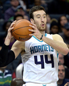 <a href='/basketball/showArticle.htm?id=31239'>NBA Waiver Wire: Pickups of the Week</a>