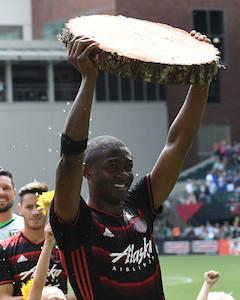 <a href='/soccer/showArticle.htm?id=29550'>Fantasy MLS: Saturday Cheat Sheet</a>