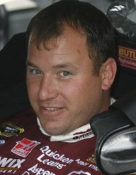 <a href='/racing/showArticle.htm?id=32605'>NASCAR Barometer: Newman Upsets in Phoenix</a>